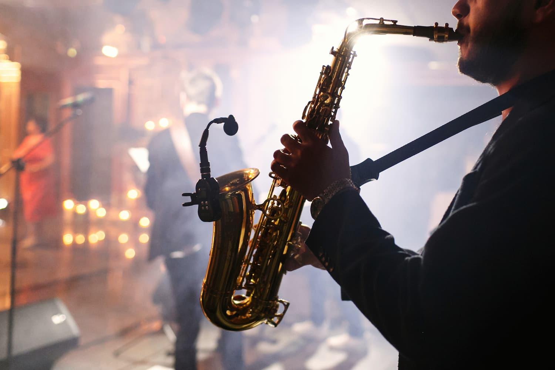 réserver un saxophoniste